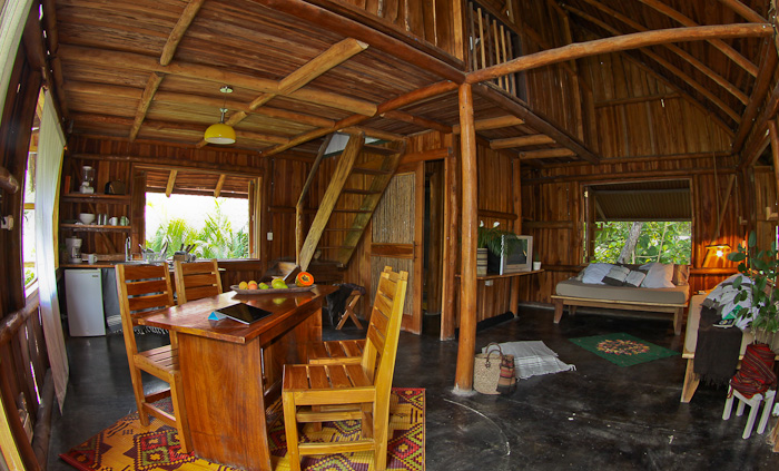 Griss Costa Rica Wooden House